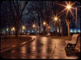 Обои Ночная аллея: Фонари, Ночь, Аллея, Скамейка, Прочая архитектура