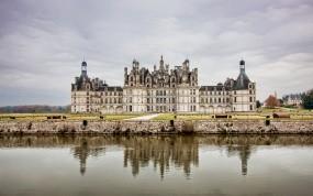 Обои Замок во Франции: Облака, Вода, Франция, Замок, Небо, Замки