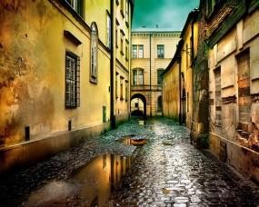 Обои Улица после дождя: Город, Улица, Окна, Лужа, Города