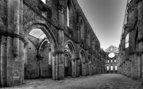 Обои Древняя церковь: Город, Церковь, Города