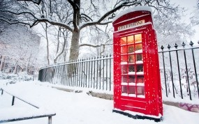 Обои Телефонная будка в Лондоне: Зима, Забор, Лондон, Будка, Города
