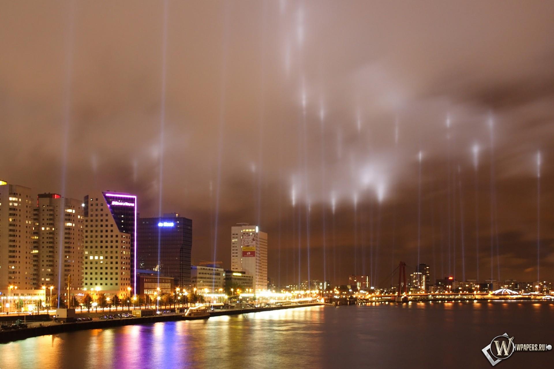 Город в прожекторах 1920x1280