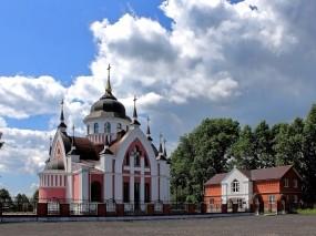 Обои Новокузнецк Католический Храм св.Иоанна Златоуста : Храм, Церковь, Собор, Архитектура, Новокузнецк, Прочие города