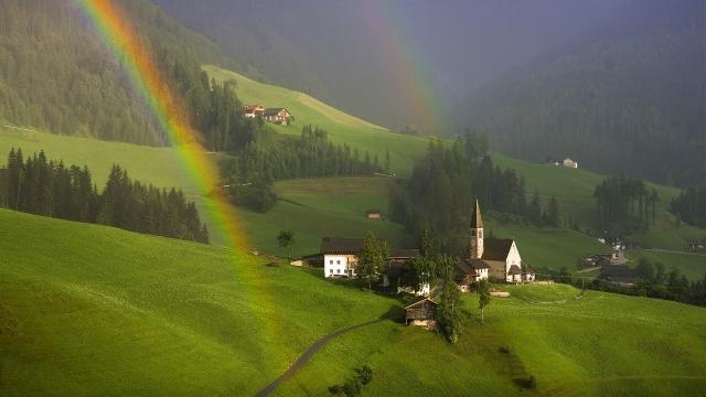 Радуга  в Южном Тироле Австрия