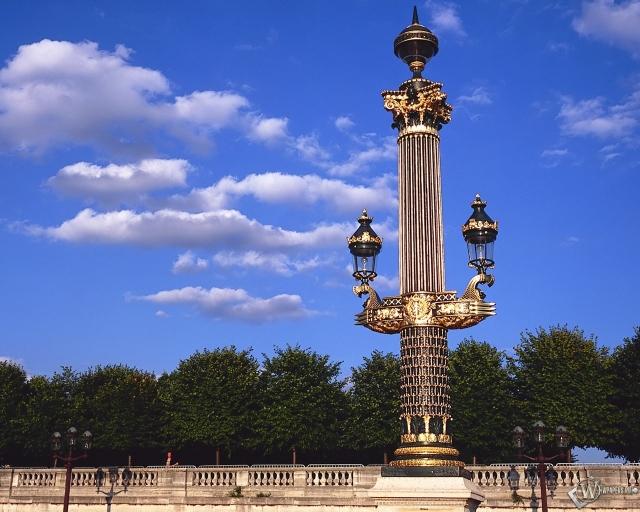 Франция - Башни - Колонны
