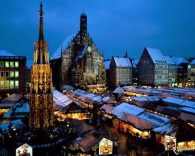 Обои Christkindl Market - Nuremberg - Bavaria - Germany: , Прочие города