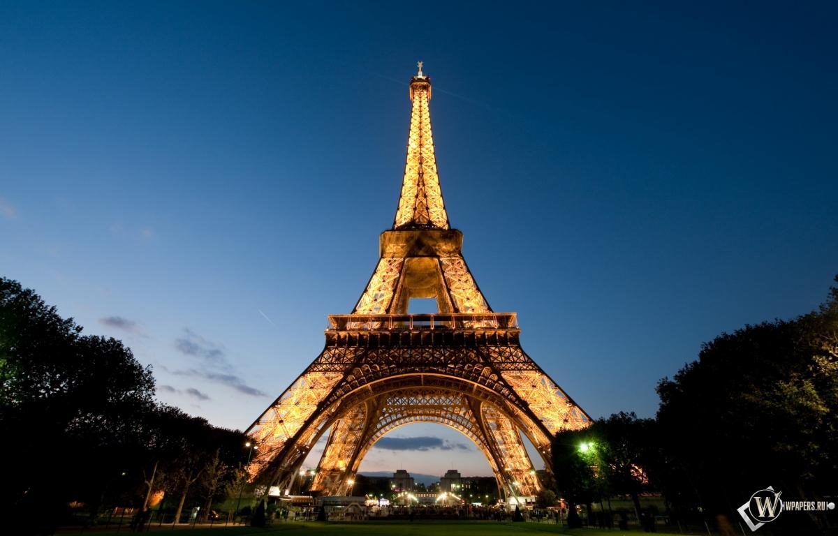 Эйфелева башня вечер париж эйфелева