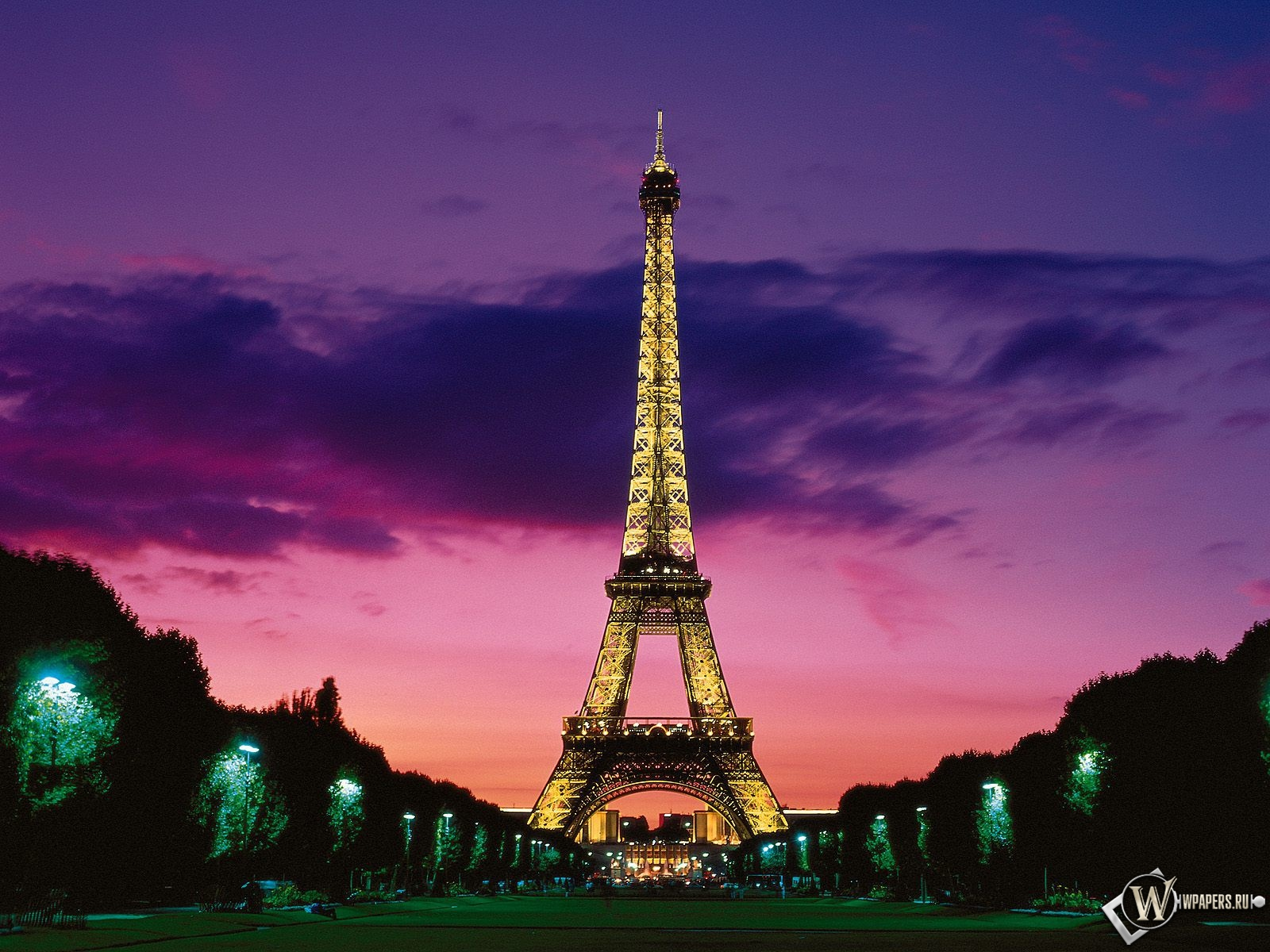 Эйфелева башня 1600x1200