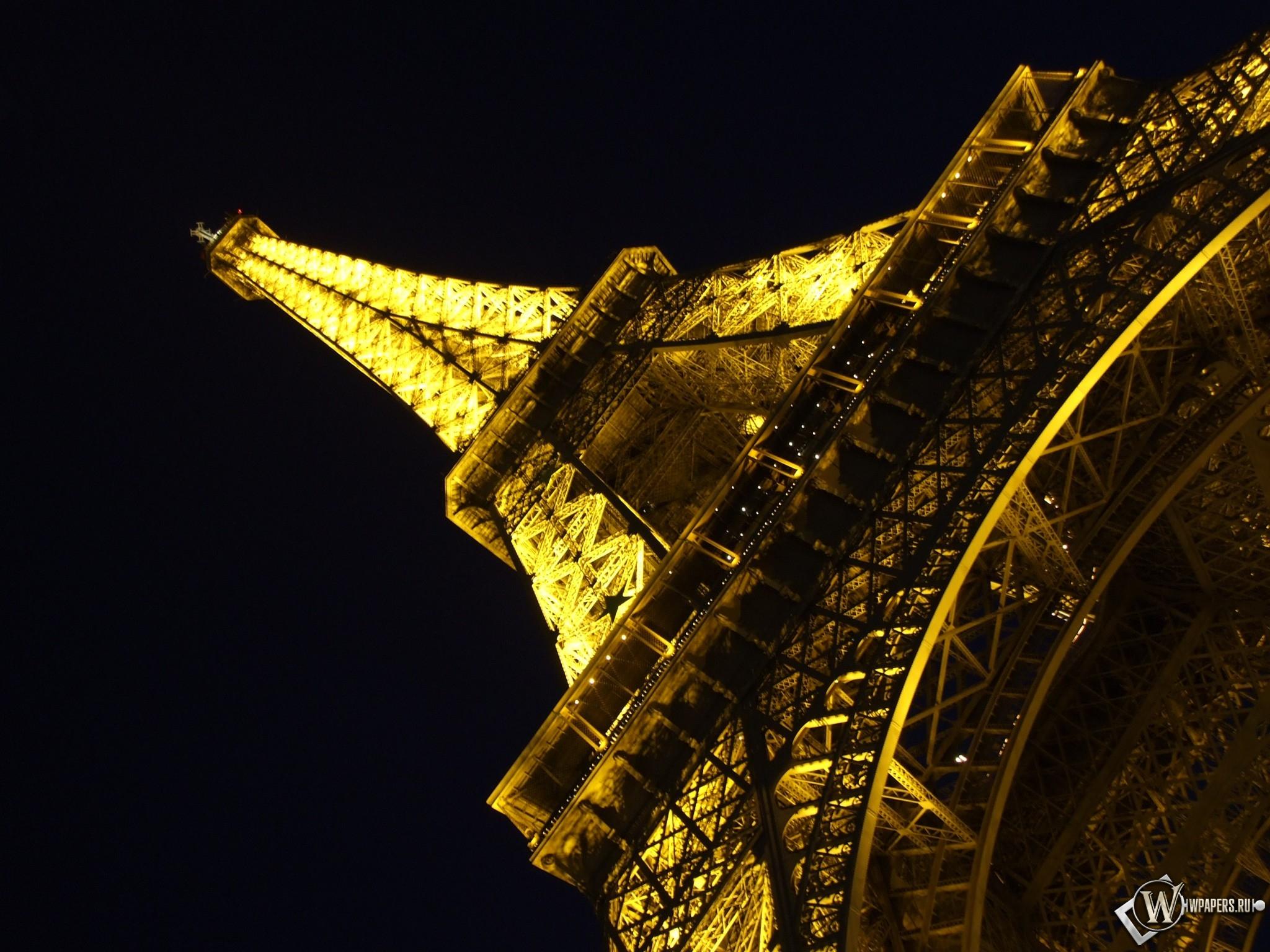 Эйфелева башня ночью 2048x1536