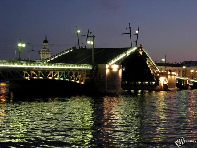 Разводной мост Санкт-Петербург