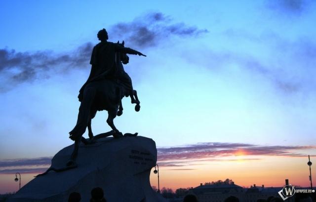 Вид на памятник Петру Санкт-Петербург