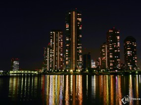 Обои Огни ночного города: Ночной город, Города и вода