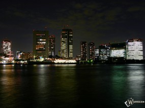 Обои Огни ночного города: Ночной город, Вода, Города и вода