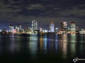 Обои Ночной город: Город, Ночь, Города и вода