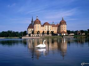 Обои Castles Germany: Замок, Германия, Города и вода