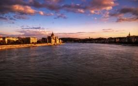Обои Budapest: Облака, Вода, Город, Небо, Будапешт, Города и вода