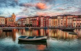 Обои Тихое утро в Венеции (Италия): Вода, Город, Лодки, Венеция, Италия, Города и вода