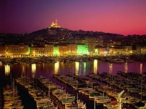 Обои Ночная пристань: Город, Причал, Лодки, Города и вода