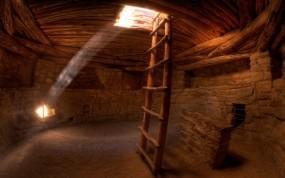 Обои Лучи света в пещере: Песок, Солнце, Лестница, Пещера, Фэнтези