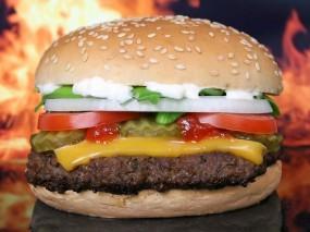 Обои Гамбургер: Гамбургер, Сыр, Булки, Лук, Котлета, Томаты, Еда
