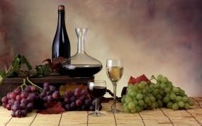 Обои Вино и виноград: Виноград, Вино, Бокал, Листья, Бутылка, Алкоголь