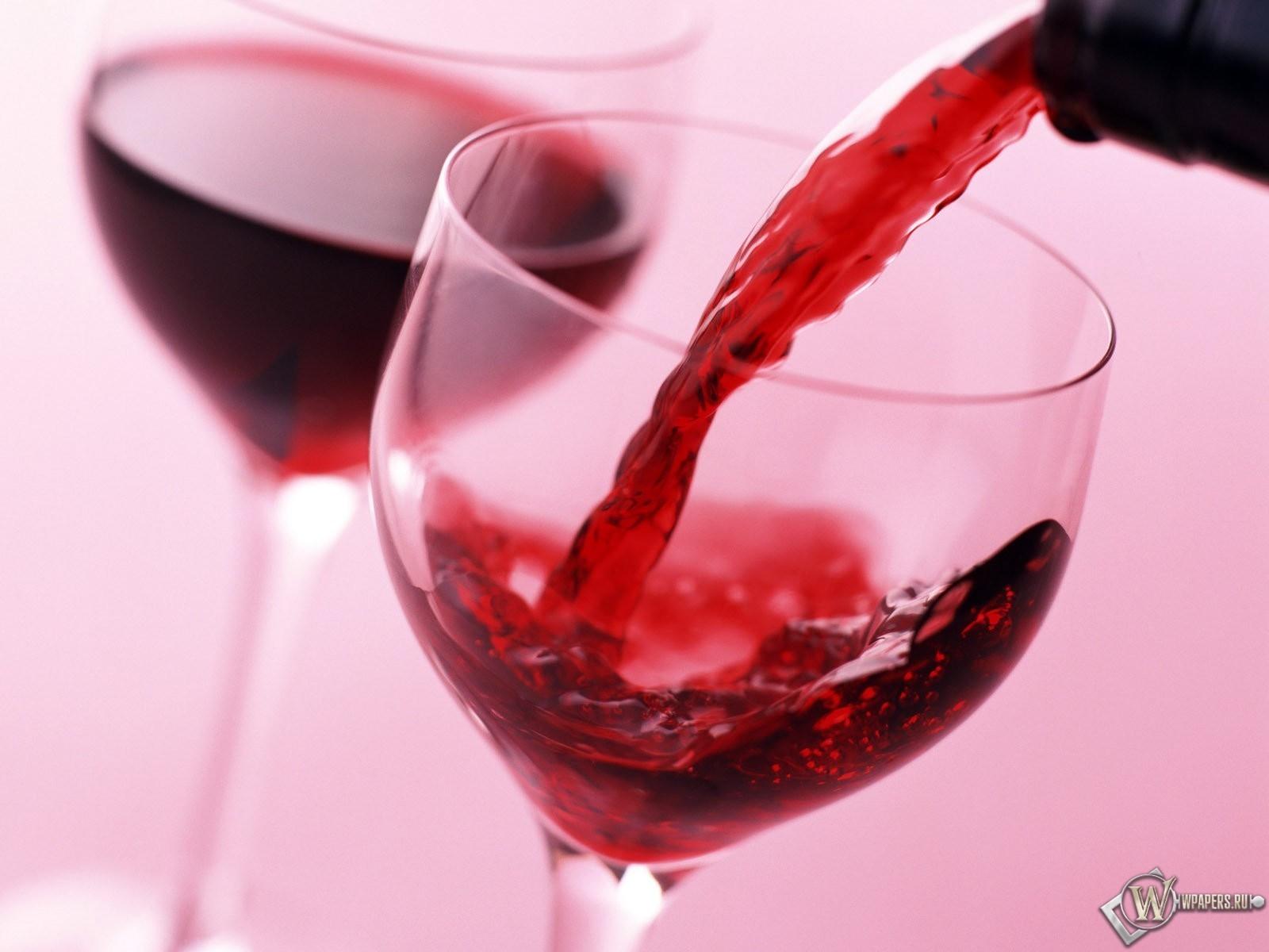 Обои вино в бокале на рабочий стол с