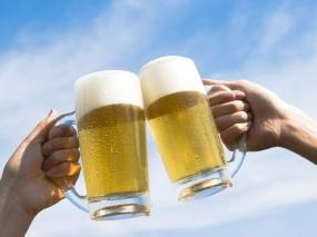 Обои Пивные кружки: Небо, Пиво, Кружки, Алкоголь