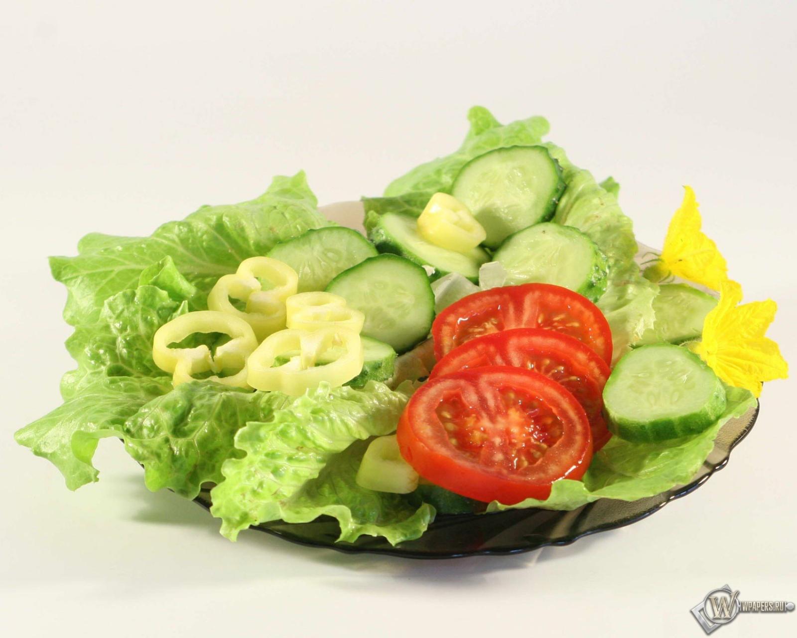 Вряд ли вы найдете человека, у которого в рационе отсутствует такая позиция как салат. .