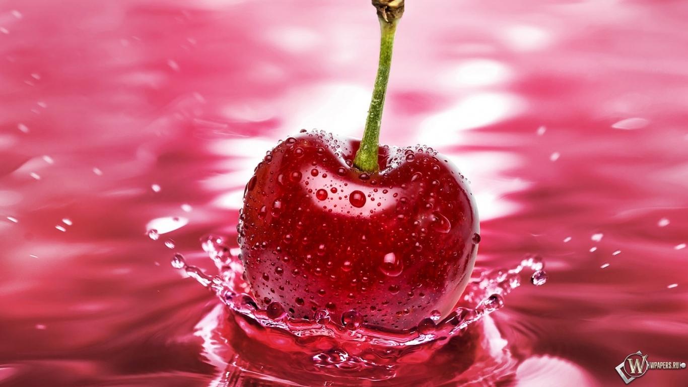 Обои вишня вода ягода вишня 1366x768