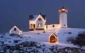 Обои Christmas Lighthouse: Вечер, Рождество, Праздник, Маяк, Праздники