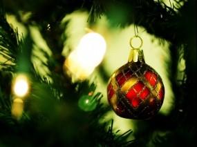 Обои Шар на ёлке: Игрушка, Новый год, Елка, Праздник, Новый год