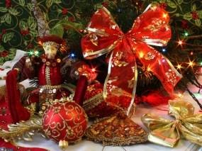 Обои Новогоднее убранство: Новый год, Игрушки, Мишура, Новый год