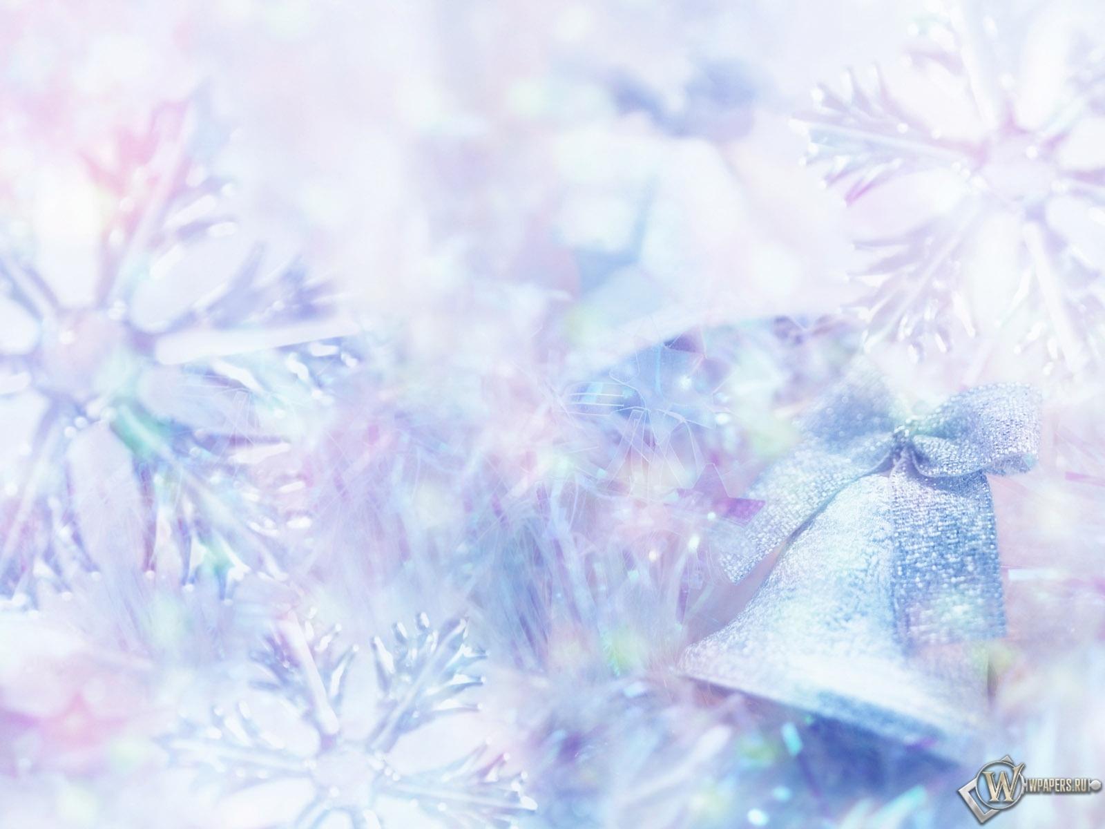 Снежинки и колокольчики 1600x1200