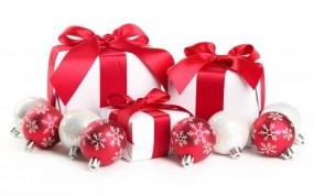 Обои Новогодние подарки: Новый год, Подарки, Красные ленты, Красные шары, Новый год
