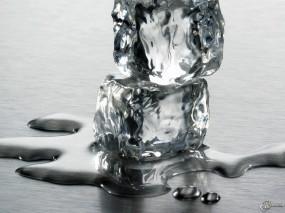 Обои Два ледянных кубика: , Лёд