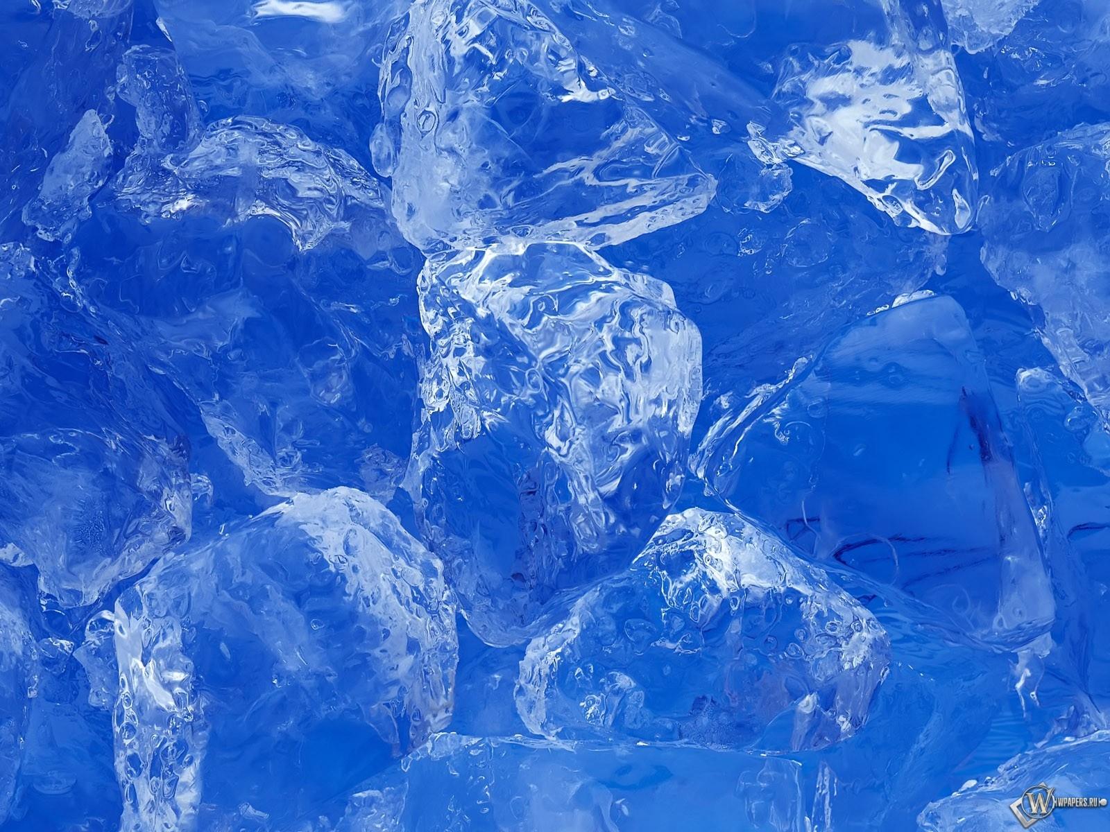 Кусочки льда 1600x1200