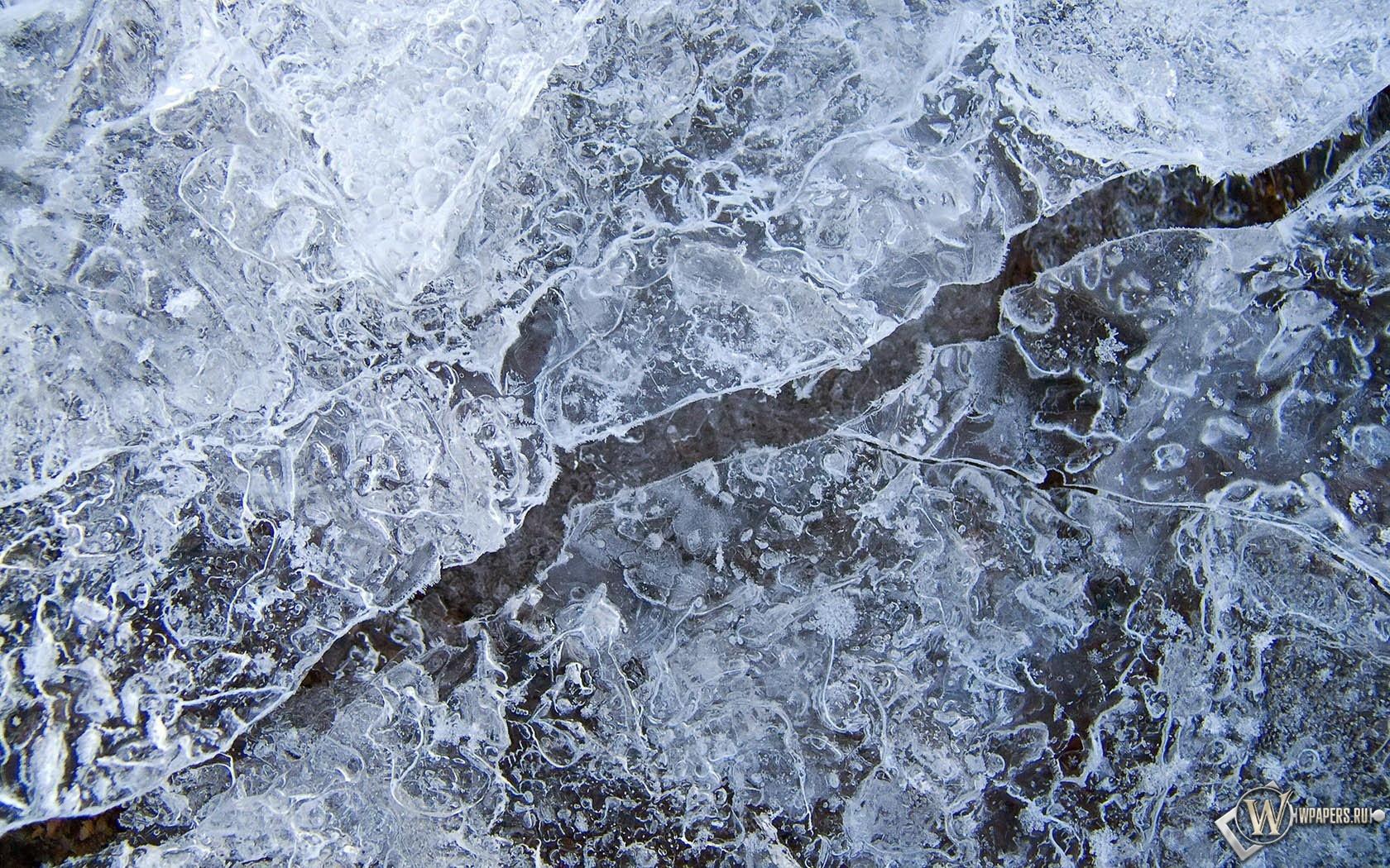 Линия на льду 1680x1050
