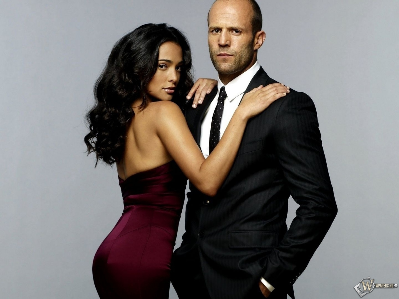 Фото лысого мужчины с девушкой