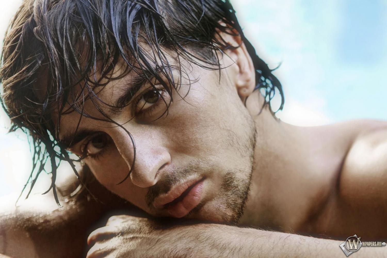 Я горячая мокрая и опасная 11 фотография