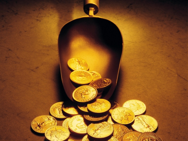 Совок с монетами