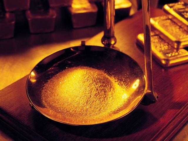Песок на весах