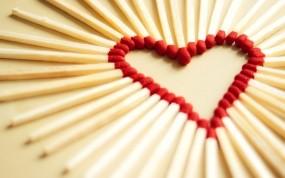 Обои Сердце из спичек: Любовь, Сердце, Макро, Спички, Настроения