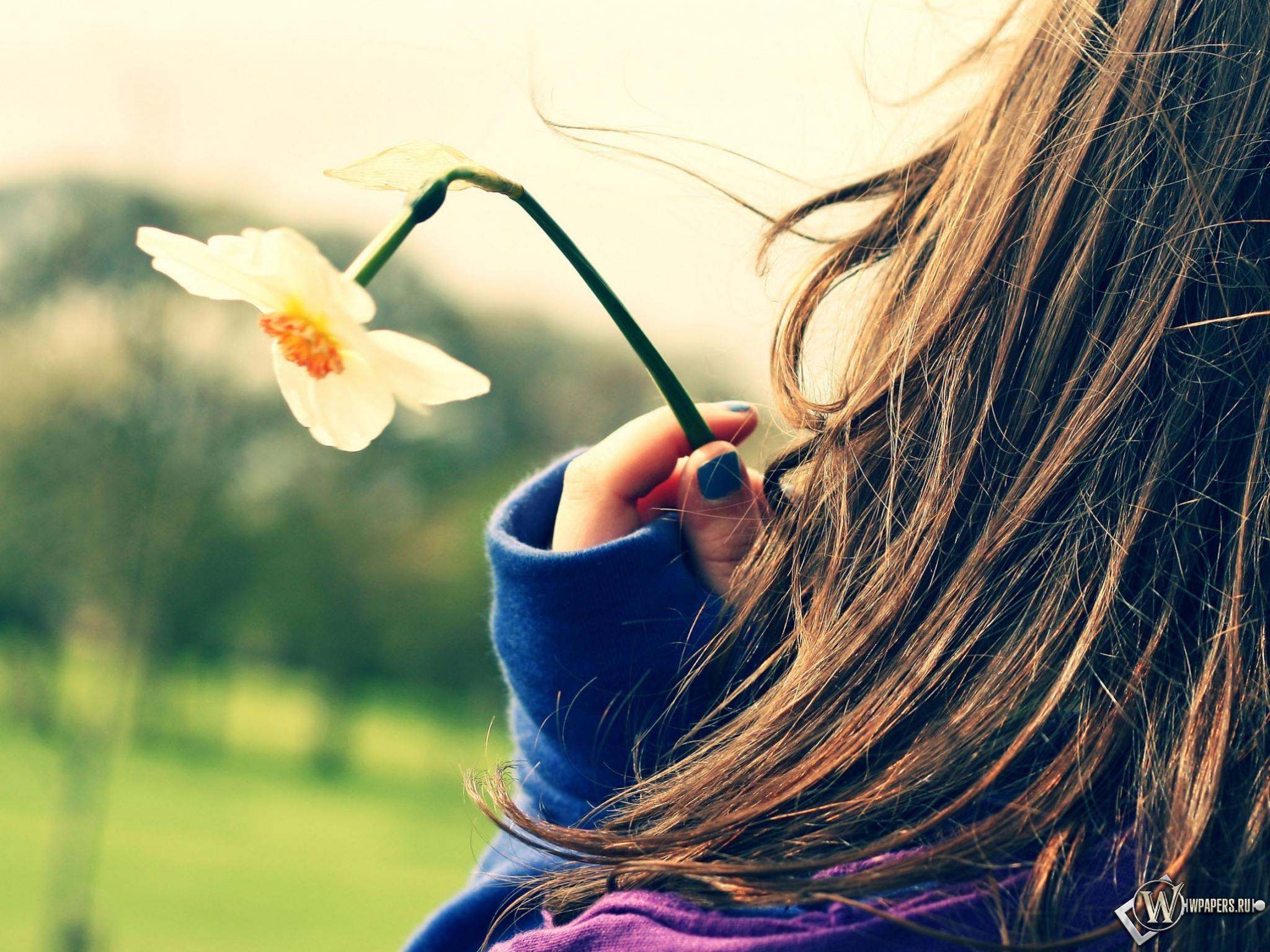 Весеннее фото девушек на аву