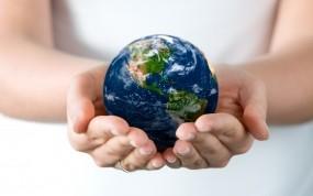 Обои Земля в руках: Земля, Руки, Настроения, Настроения