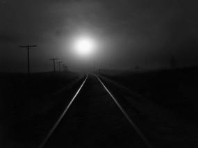 Обои Рельсы при луне: Путь, Свет, Железная дорога, Одиночество, Настроения