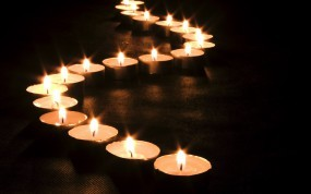 Обои Змейка из свеч: Огонь, Свечи, Змейка, Настроения