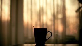 Обои Остывший чай: Стакан, Грусть, Кружка, Одиночество, Настроения