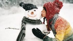 Обои Я люблю зиму: Зима, Снег, Девушка, Снеговик, Настроения