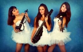 Трио Violin Group DOLLS - скрипачки и виолончелистка