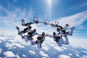 Обои Прыжки с парашютом: Прыжок, Парашют, Спорт
